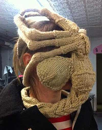 The gallery for --> Alien Facehugger Knit
