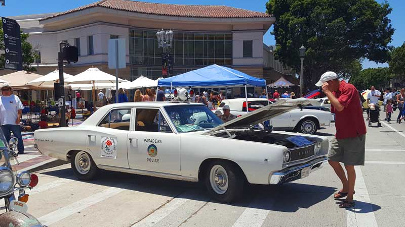 From Drizzles To Heat Wave ColoradoBoulevardnet - Pasadena car show