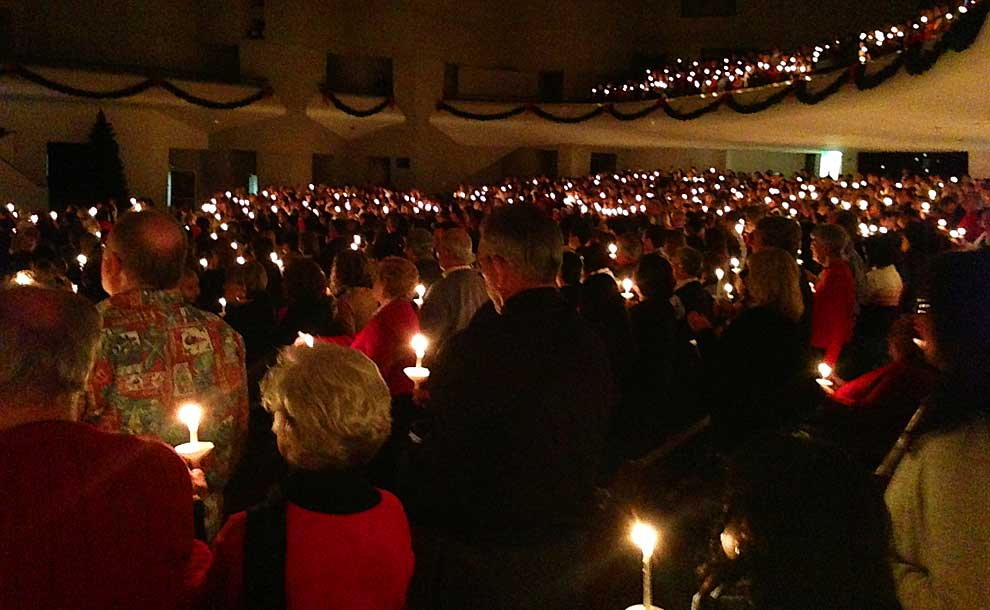 christmas eve candlelight service at lake avenue church photo humbleopinion flickr - Christmas Church Service